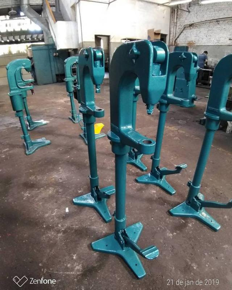 Manutenção rebitadeira manual